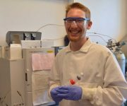 CELS rising senior gains hands-on experience working with shellfish populations