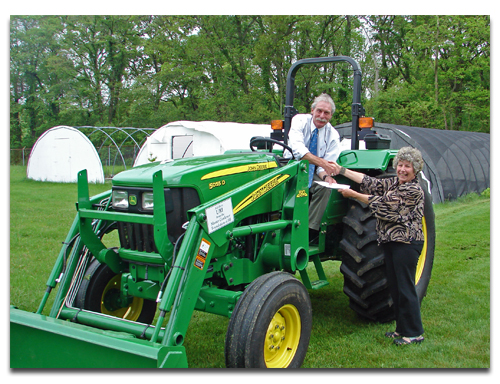 MG Foundation gives new tractor to East Farm