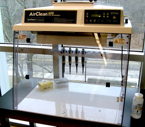 AirClean Systems 600 PCR Workstation