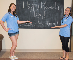LLC students welcoming you to move-in day