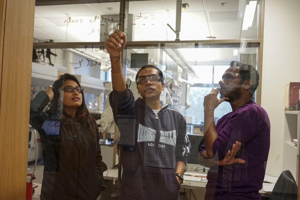 Students Discuss Chemistry